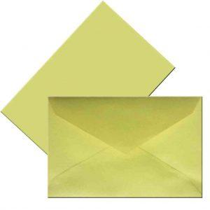 плик малък пастелно жълт